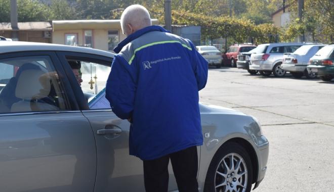 Foto: Veşti bune pentru şoferi. Program modificat la Registrul Auto Român