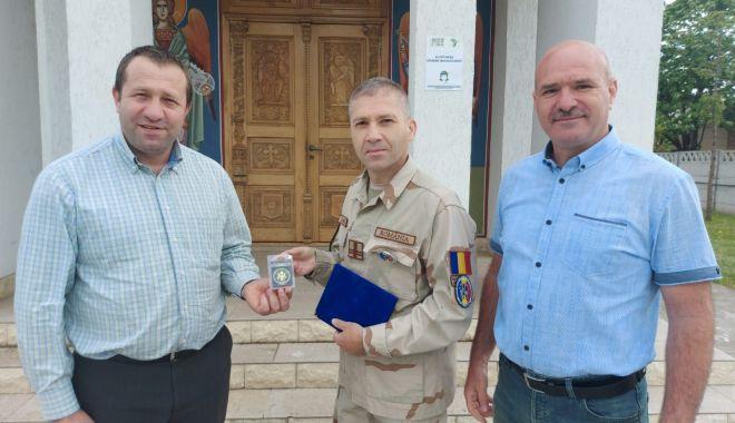 Plachetă de onoare pentru jandarmul Marian Zamfira - veteranzamfira3print-1621361419.jpg