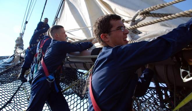 """Foto: """"Viaţa pe mare este excitantă, competitivă şi foarte educativă"""""""