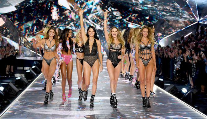 Foto: Cutremur în lumea modei. Victoria's Secret își anulează celebrul show