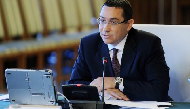 Ponta îi va trimite luni dimineață lui Băsescu propunerea de ministru la Transporturi - victorponta1-1377235819.jpg