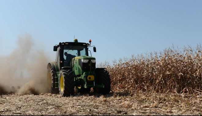 Afacerile din agricultură, temă pentru dezbaterile online - videoconferintaprovocariinagricu-1603968845.jpg
