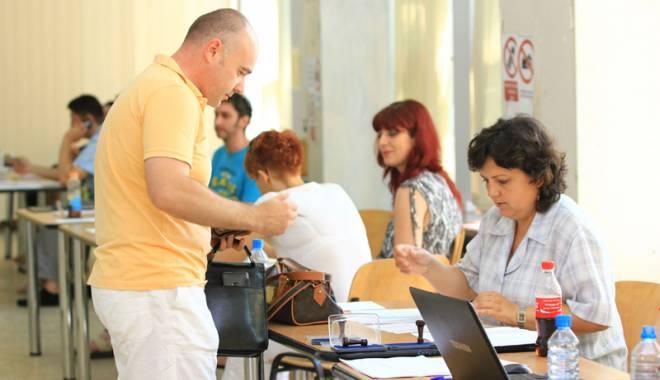 """Foto: Viitorul rector al Universităţii """"Ovidius"""" va fi ales prin vot secret"""