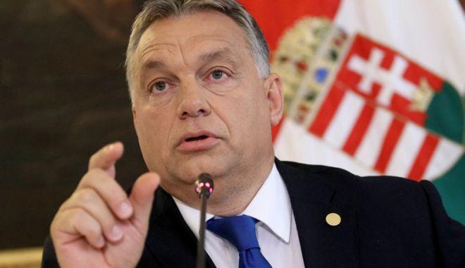 Foto: Viktor Orban dă undă verde regrupării presei proguvernamentale