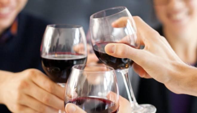 Foto: Beneficiile vinului asupra sănătăţii