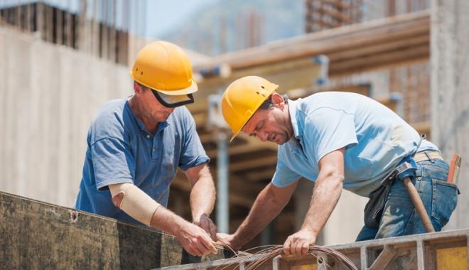 Foto: Vin străinii să muncească  la noi în ţară