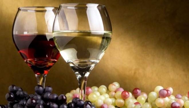 Foto: Vinurile dobrogene vor fi promovate în Azerbaidjan şi Bulgaria