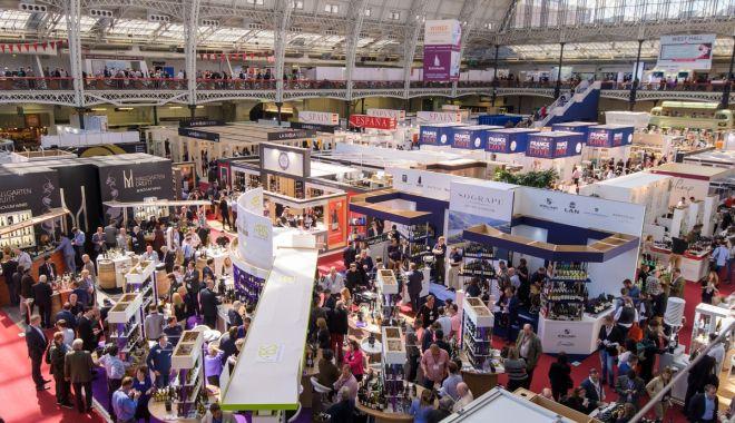 Foto: Vinurile românești sunt prezente la Târgul internațional London Wine Fair