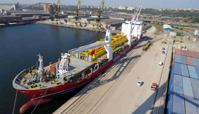 Foto: Vin vremuri grele pentru portul Constanța! Ucraina și Rusia îl concurează puternic