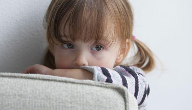 Foto: Alarmant! Peste 1.000 de copii  din Constanța, agresaţi fizic şi emoţional
