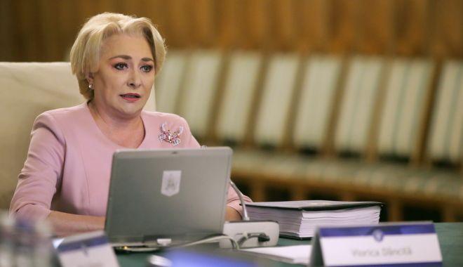 Foto: Premierul Viorica Dăncilă: Au fost multe atacuri dar, în niciun caz, nu-mi dau demisia