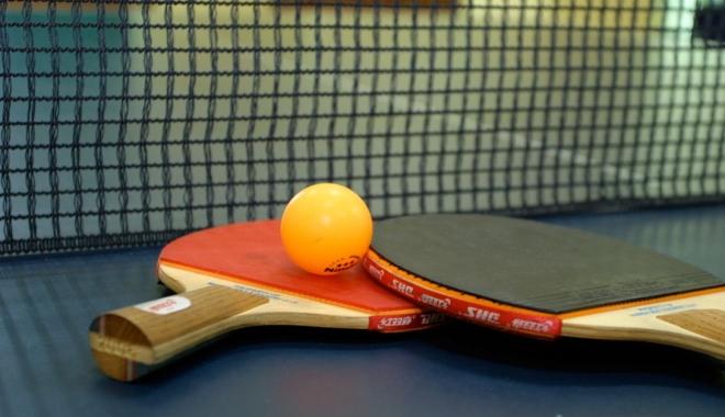 Foto: Tenis de masă / Cristian Pletea şi Adina Diaconu, campioni naţionali la dublu mixt