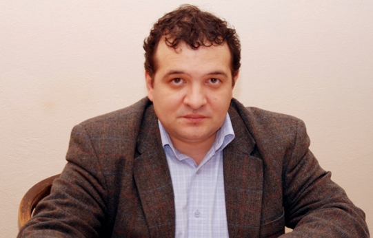 Foto: Puiu Haşotti, mesaj de condoleanţe după moartea fulgerătoare a lui Virgil Coman