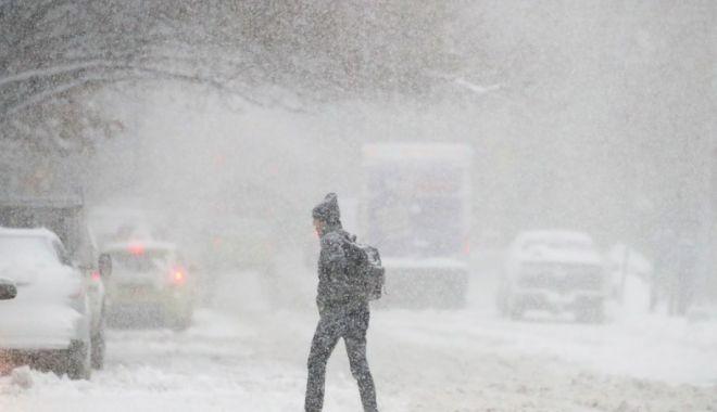 Foto: PROGNOZA METEO LUNARĂ: Ninsori abundente până în februarie în toată ţara