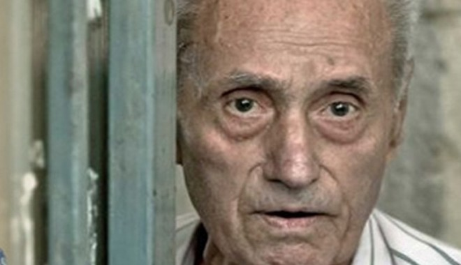 Foto: Procesul torţionarului Vişinescu: Soţia unui fost deţinut politic cere daune de 100.000 de euro
