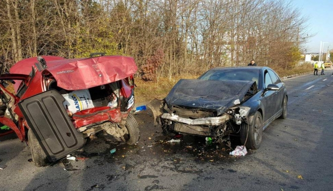 Foto: Tragediile rutiere din Lazu şi de pe strada Mircea. Mercedesul rula cu 170 km/h, Audiul cu 125 km/h? Aşteptăm informaţiile oficiale