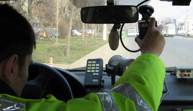 Vitezoman prins de radar pe Autostradă - vitezoman-1417279235.jpg