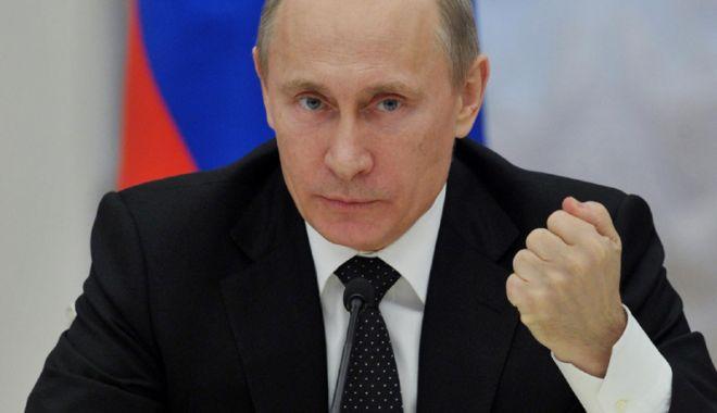 Foto: Vladimir Putin decretează sancţiuni împotriva Ucrainei