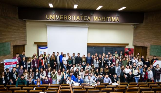 Foto: Vocea studenţilor nu a rămas fără ecou