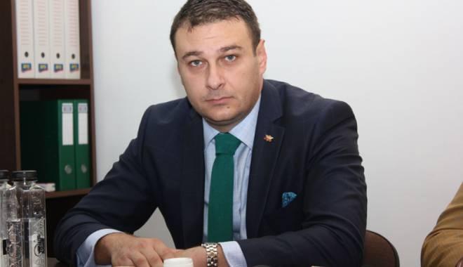 """Foto: Florin Gheorghe: """"Voi propune în Parlament creşterea transparenţei utilizării banilor publici"""""""