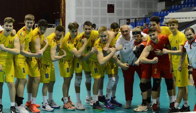 Volei / România a învins Estonia în primul meci al preliminariilor CE Under 17 - voleiestonia-1620558541.jpg