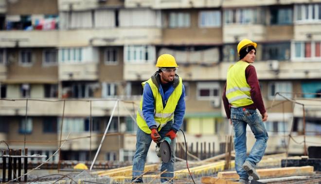 Foto: Volumul lucrărilor de construcții a scăzut dramatic în 2017
