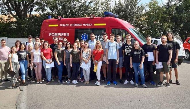 Peste 135 voluntari ISU au finalizat cursurile de prim-ajutor - voluntari-1565209281.jpg