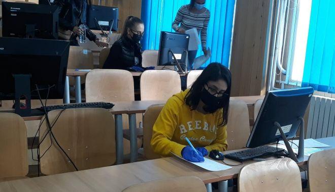 Studenţii, voluntari pe timp de pandemie. Vor avea curajul să ajute şi medicii din spitale? - voluntari7-1605457161.jpg