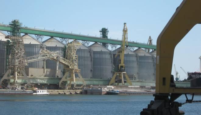 Vor prelua americanii controlul fluxurilor de cereale din portul Constanța? - vorpreluaamericanii-1426611903.jpg