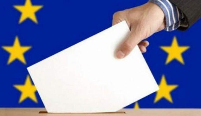 Foto: 18.730 de secţii de votare organizate în ţară pentru alegerile europarlamentare