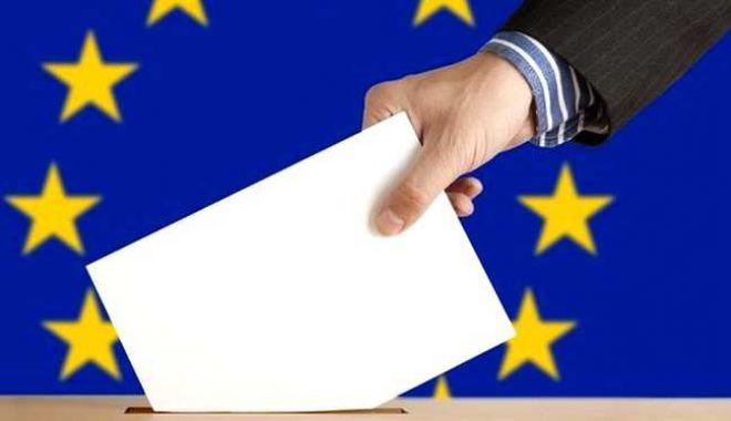 Foto: Peste 9.000 de semnalări privind posibile voturi multiple, la alegerile din 26 mai