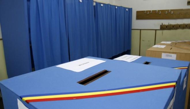 Foto: Rezultatele finale ale alegerilor europarlamentare, prezentate de BEC