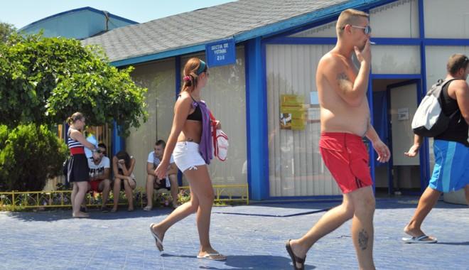 Cum s-a votat la referendumul de pe plaja Mamaia - votare-1343579132.jpg