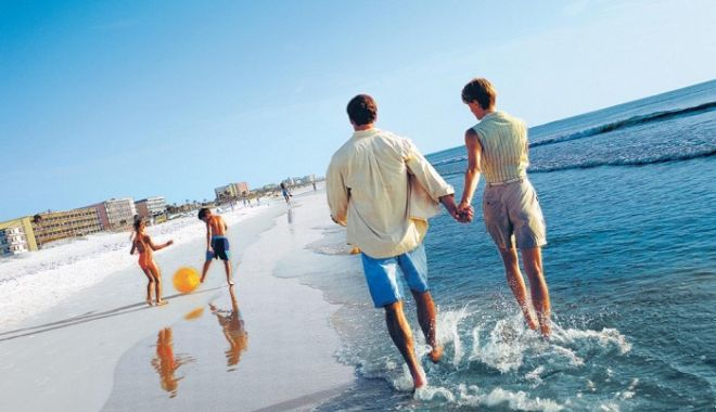 Foto: Ce spune Ministerul Turismului despre voucherele de vacanţă