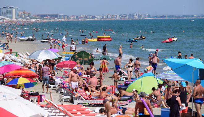 Foto: Veşti bune pentru bugetari: vor primi vouchere de vacanţă şi în 2019