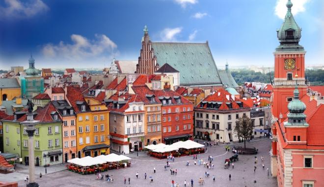 Foto: Vox populi: Varșovia trebuie să ceară despăgubiri de război Germaniei