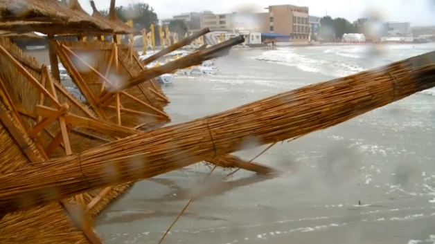 Sudul litoralului DEVASTAT de furtuni / Video - vreme-1405155549.jpg