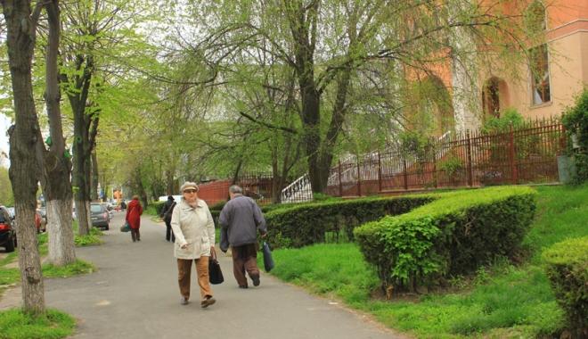 Foto: Vreme mohorâtă, dar caldă, la Constanţa!