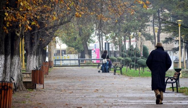 Foto: Vreme închisă şi rece, astăzi, la Constanţa