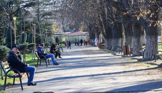 Foto: Două zile de vreme caldă, la Constanţa. În week-end se face din nou frig