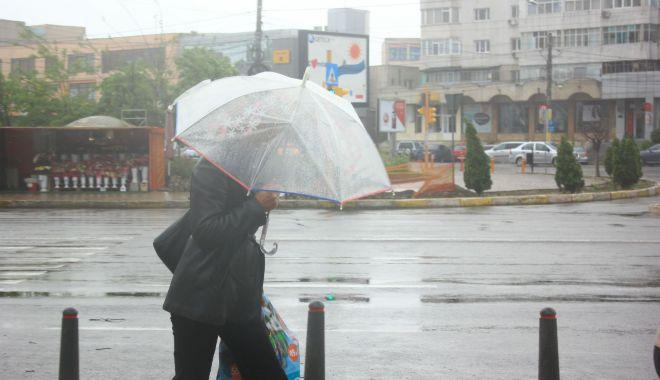 Foto: Ploi slabe, astăzi, la Constanţa. De mâine se mai încălzeşte