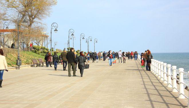 Cum va fi vremea în weekend, la Constanţa - vreme-1619200428.jpg