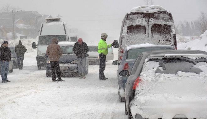 Foto: Ninsori şi ger năprasnic, din cauza vortexului polar. Când vine iarna grea în România