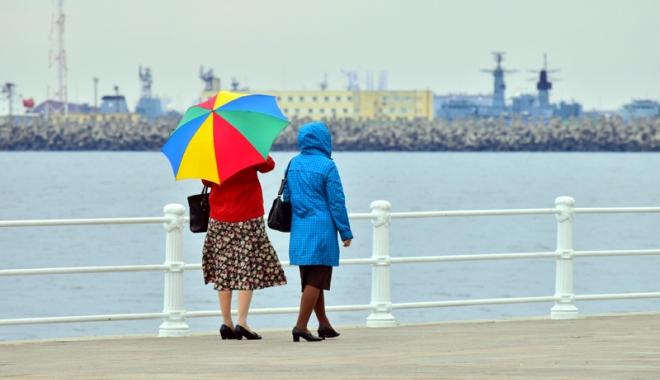 Foto: PLOI LA CONSTANŢA! Cum va fi vremea, azi, la malul mării