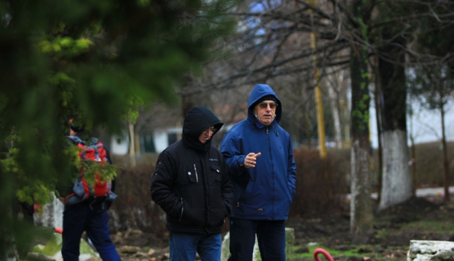 Foto: Ploi şi frig, în week-end, la Constanţa