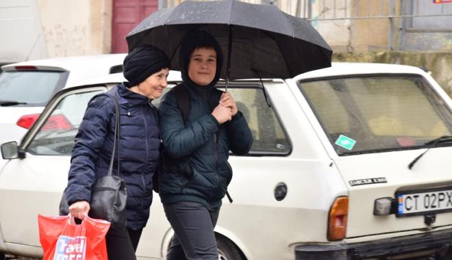 Foto: Avertizare meteo pentru Constanţa. Vin zile cu frig şi vânt puternic