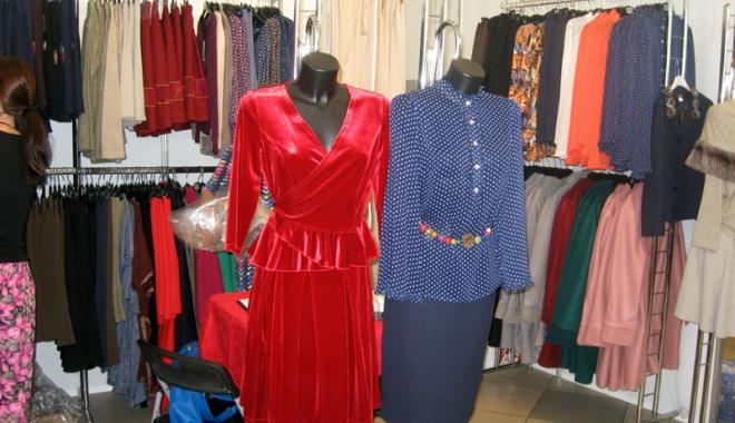 Foto: Vreţi să vă îmbrăcaţi româneşte, de calitate? Vizitaţi Târgul TINIMTEX din Mamaia!