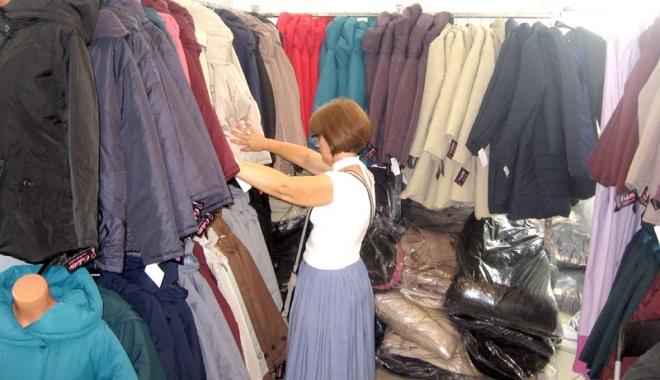 Vreţi să vă îmbrăcaţi româneşte, de calitate? Vizitaţi Târgul TINIMTEX din Mamaia! - vretisatinimtex2-1505926113.jpg