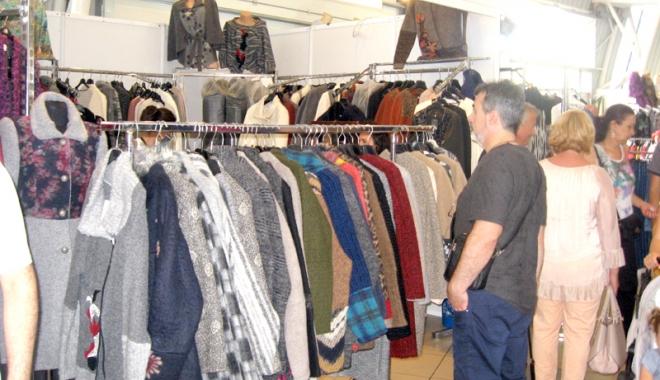 Vreţi să vă îmbrăcaţi româneşte, de calitate? Vizitaţi Târgul TINIMTEX din Mamaia! - vretisatinimtex6-1505926139.jpg