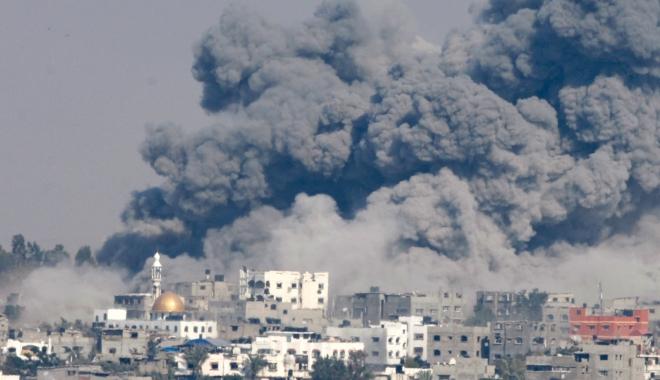 Foto: Israelul a bombardat ținte ale regimului sirian ca răspuns la o serie de tiruri